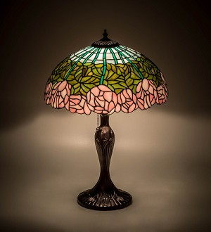 "23""H Cabbage Rose Table Lamp------------(NEED TO FIX)"