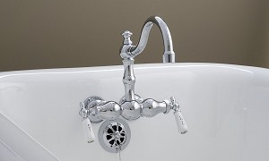 Rio Grande 3-Ball Leg Tub Faucet with Porcelain Lever Handles